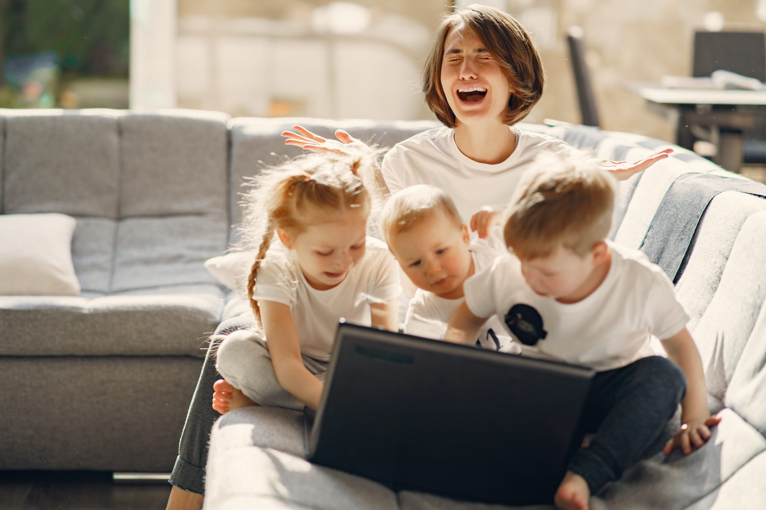 Online Learning: Dealing With the Tasks and Emotions of Schooling at Home